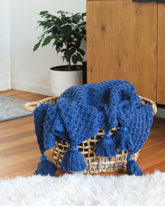 Bijou knitted throw True Blue